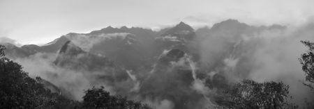 Machu_Picchu_Panorama2nb_min.jpg