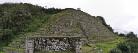 Machu_Picchu_Panorama1_min.jpg